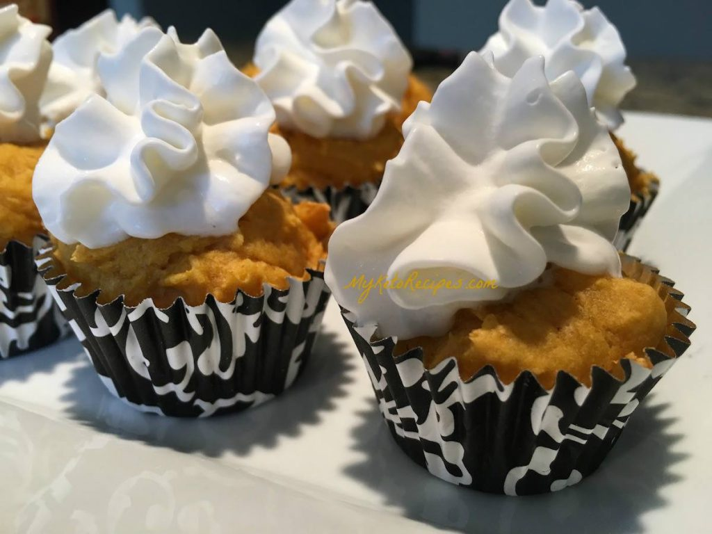 Low Carb Pumpkin Pie Bites